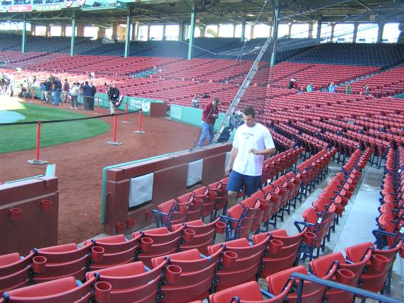 Loaded 2009-04-05 (Fenway) 035.jpg